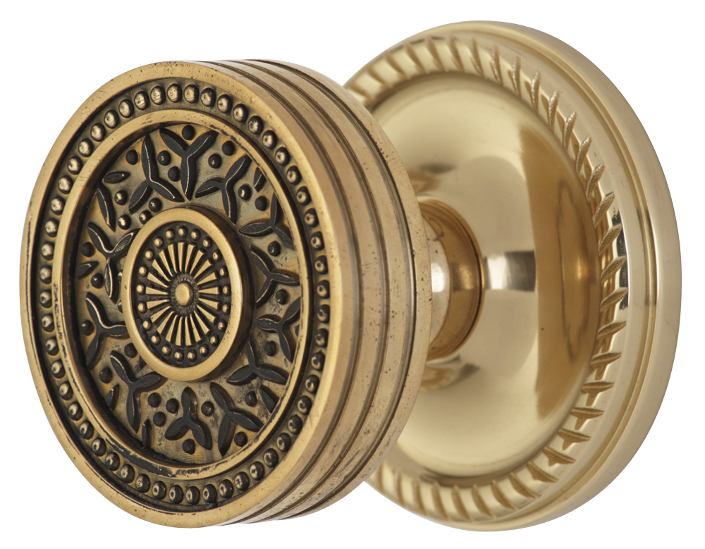 2 1/4 Inch Sunburst Petal Door Knob With Rope Rosette (Polished Brass Finish)