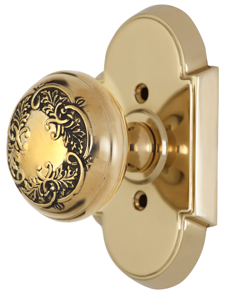 2 Inch Floral Leaf Knob With Arched Rosette (Polished Brass Finish)