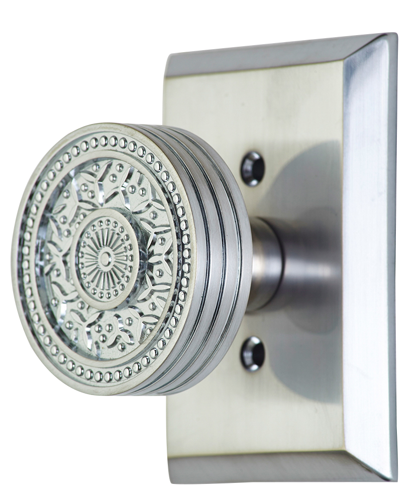 2 1/4 Inch Sunburst Petal Door Knob With Rectangular Rosette (Polished Brass Finish)