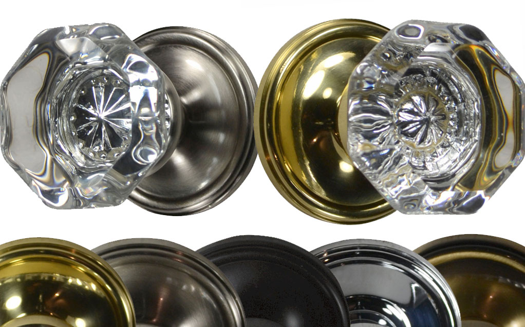 Providence Privacy Locking Mixed Finish Crystal Octagon Door Knob (Victorian Plate)