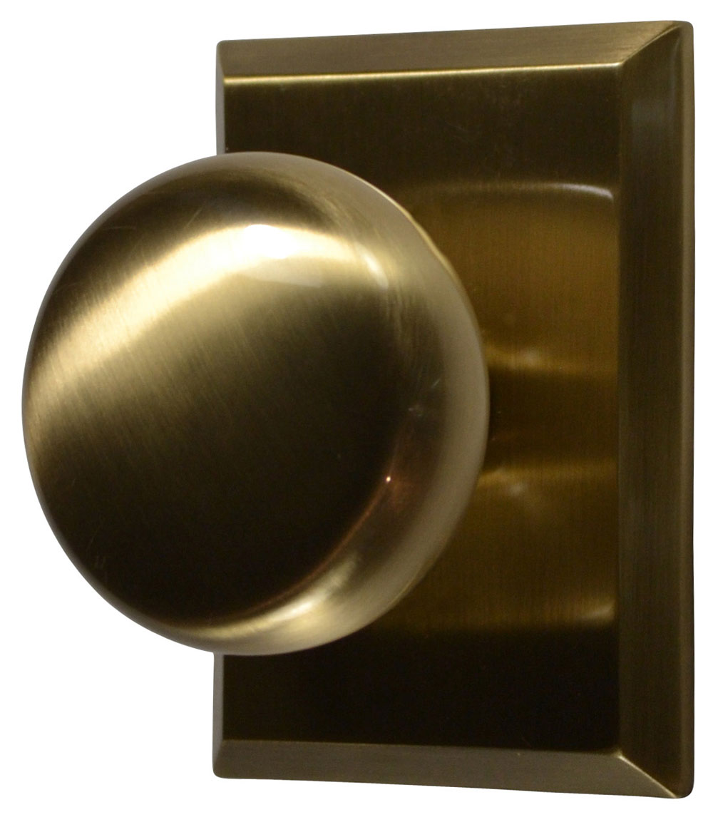 Traditional Round Brass Door Knob (Antique Brass Finish)
