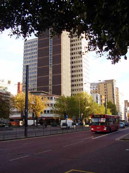 Apollo_House_Croydon_1_450.jpg