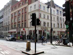 Charing_Cross_Road_Foyles_bookshop_300.jpg