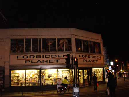 Forbidden_Planet_West_Croydon_450.jpg
