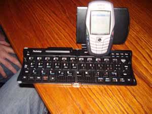 mobile_phone_keyboard_censored_300.jpg